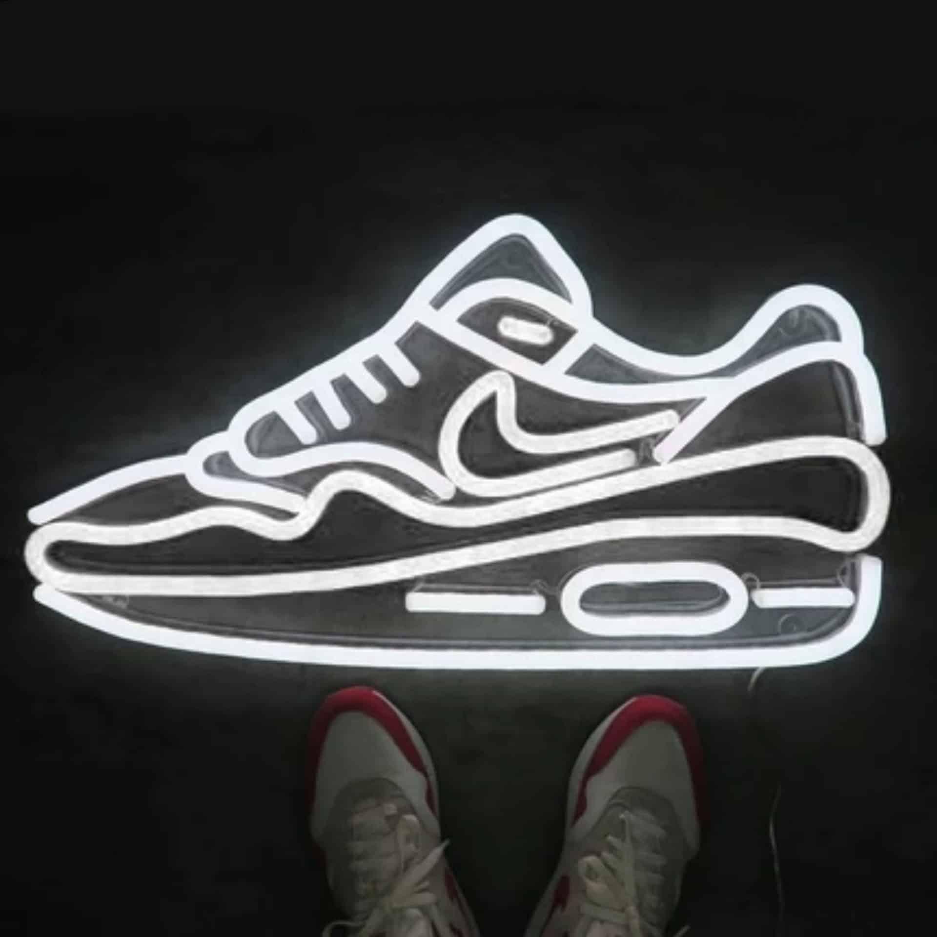 air max 1 neon