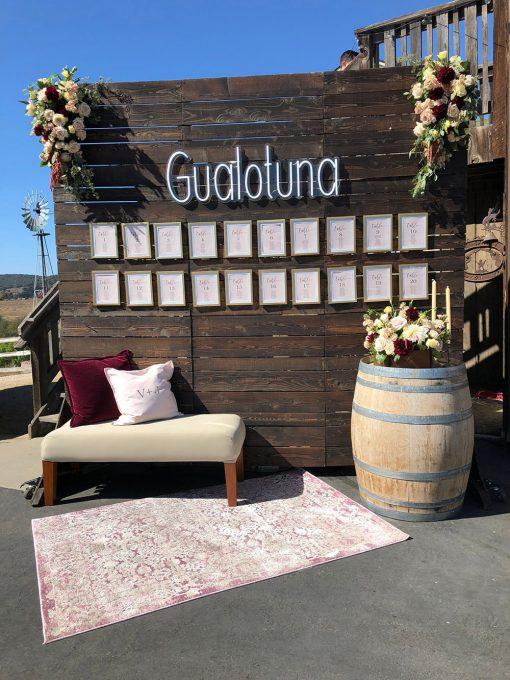Néon LED Gualotuna en blanc pour restaurant