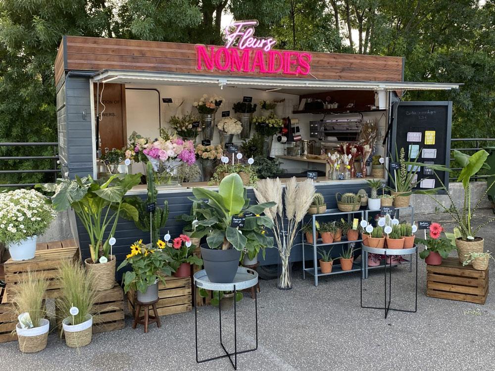 neon truck fleurs nomades