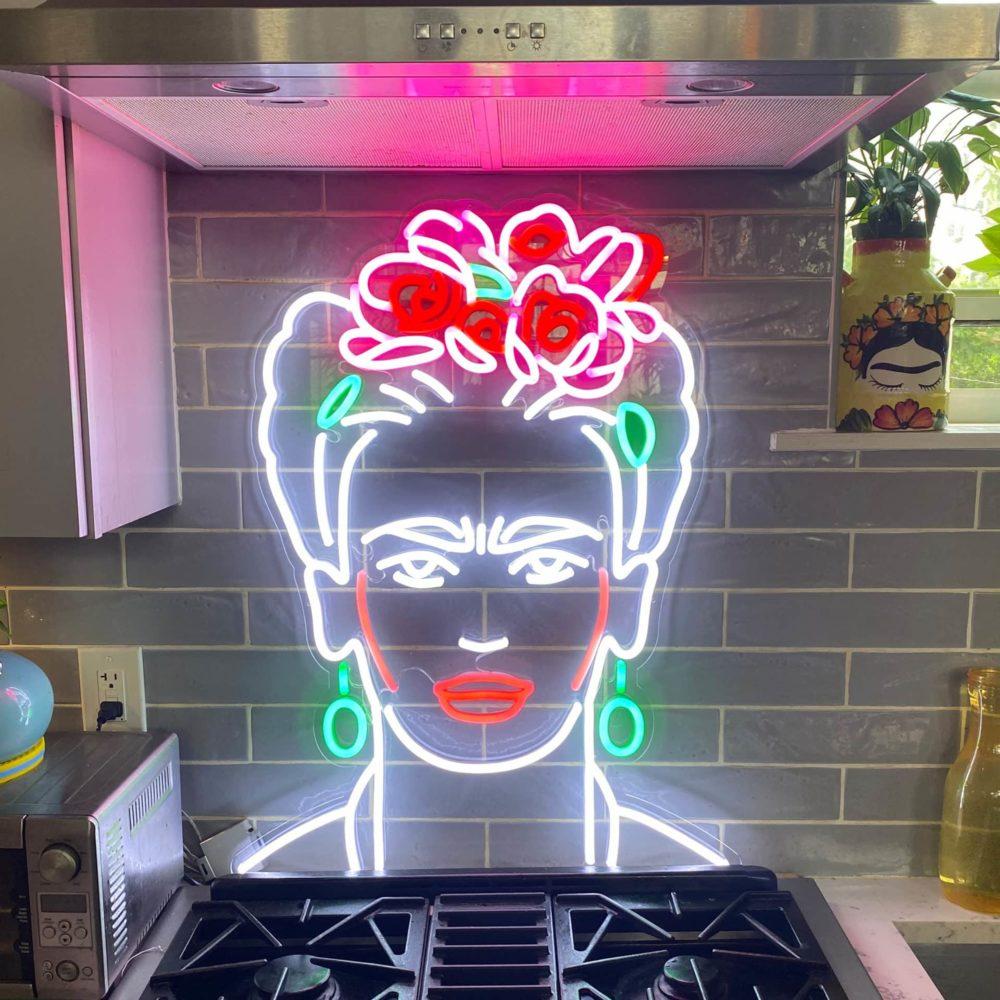 PORTRAIT Frida Kahlo neon couleur