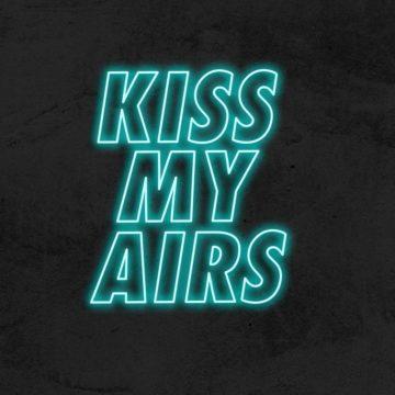 neon kiss my airs led deco hype nike la maison du neon